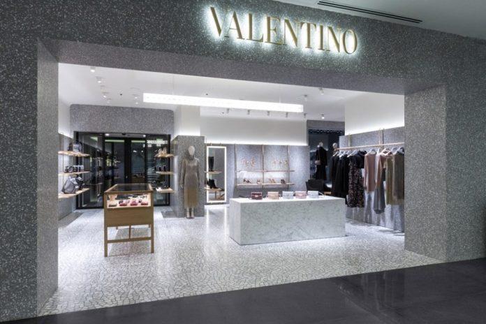 Valentino setting up in Valdarno